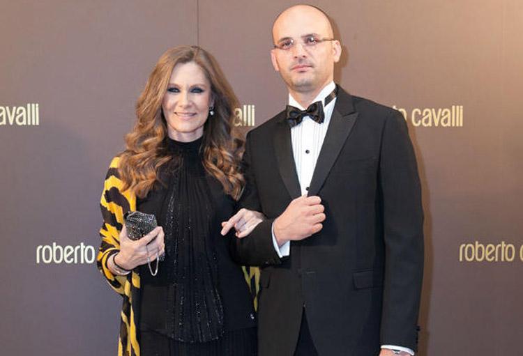Romanița Iovan (56 de ani), și-a refăcut viața alături de un avocat cu 12 ani mai tânăr decât ea, Iulian Gogan